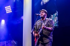 Israel_Houghton_Di Rosen Productions